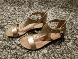 Kenneth Cole Reaction Great Gal Clip 3 Womens Size 7.5M Gold