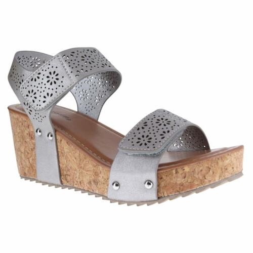 22249 silver womens wedge sandals size 8m