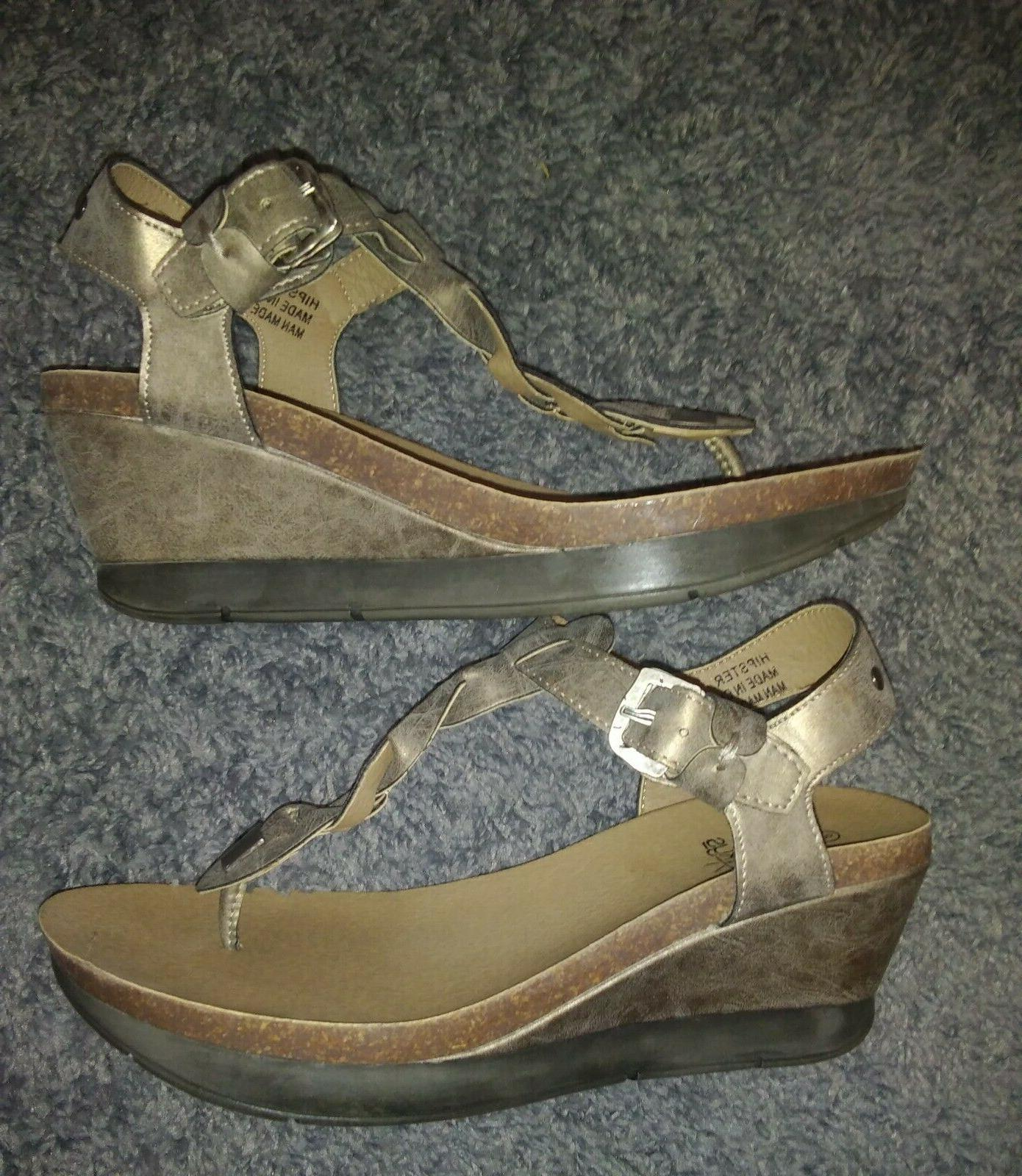 "CORKYS ""HIPSTER"" LEATHER THONG SANDALS SIZE NWOT"