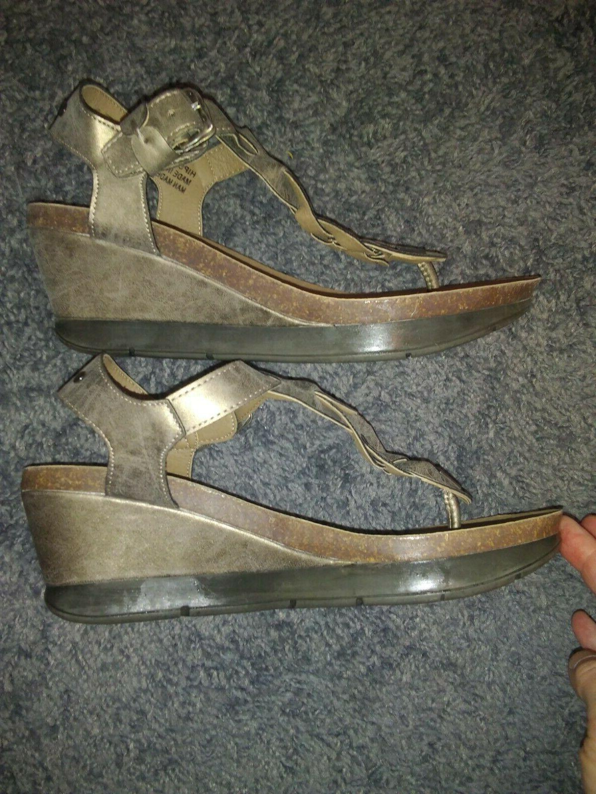 CORKYS BRONZE THONG WEDGE SANDALS SIZE