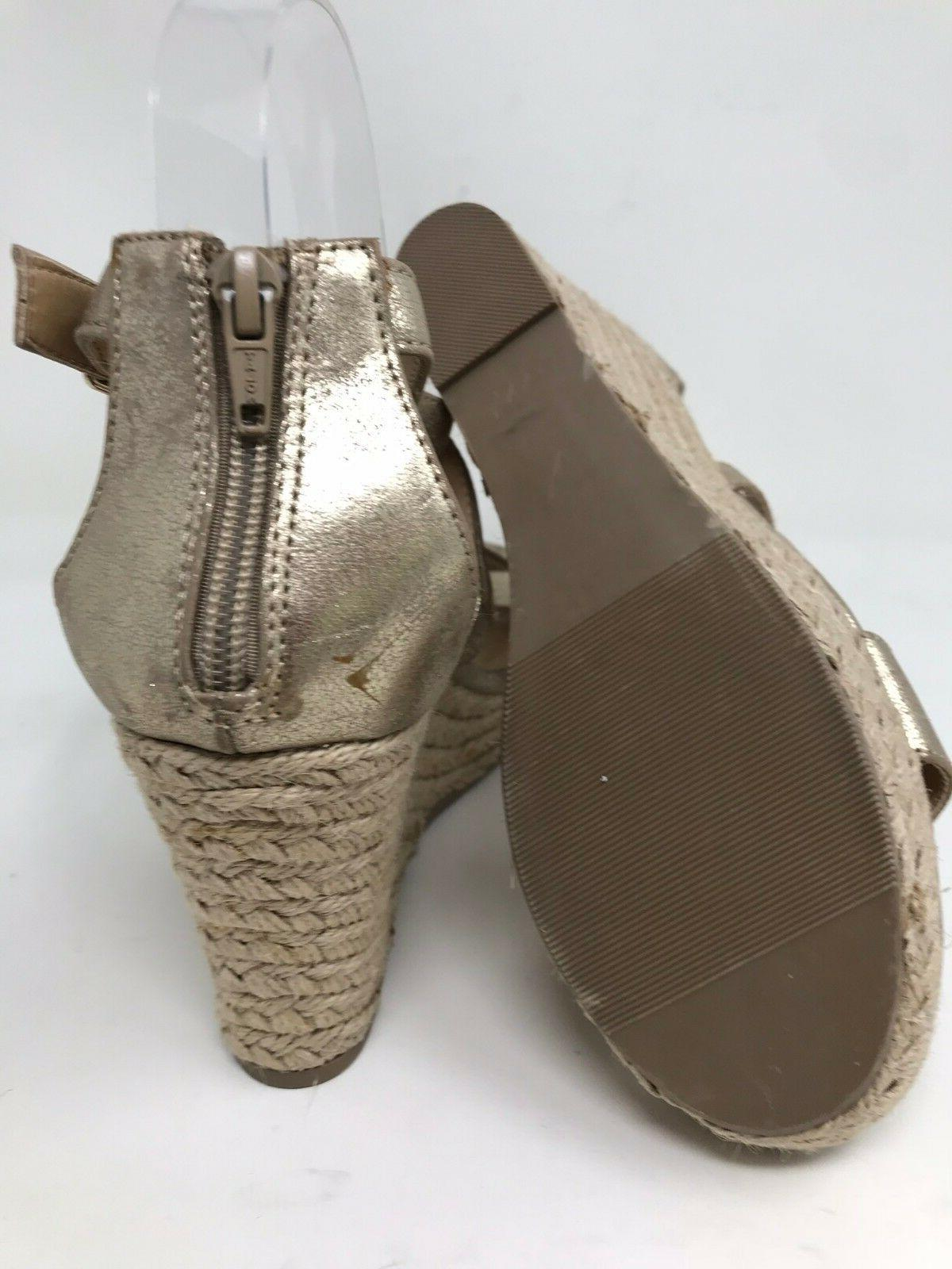 New w/ Defects! Candie's 160089 Sandals - Gold