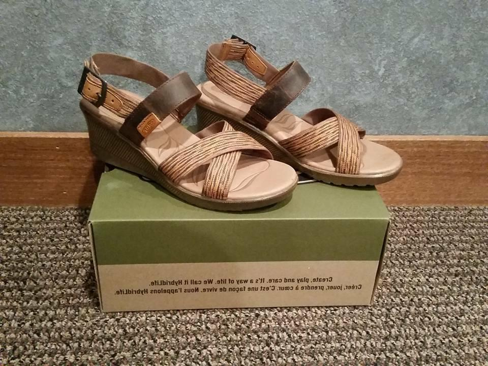 NIB Keen 1014314 Skyline Wedge Brown/Orange Sandal Size 11