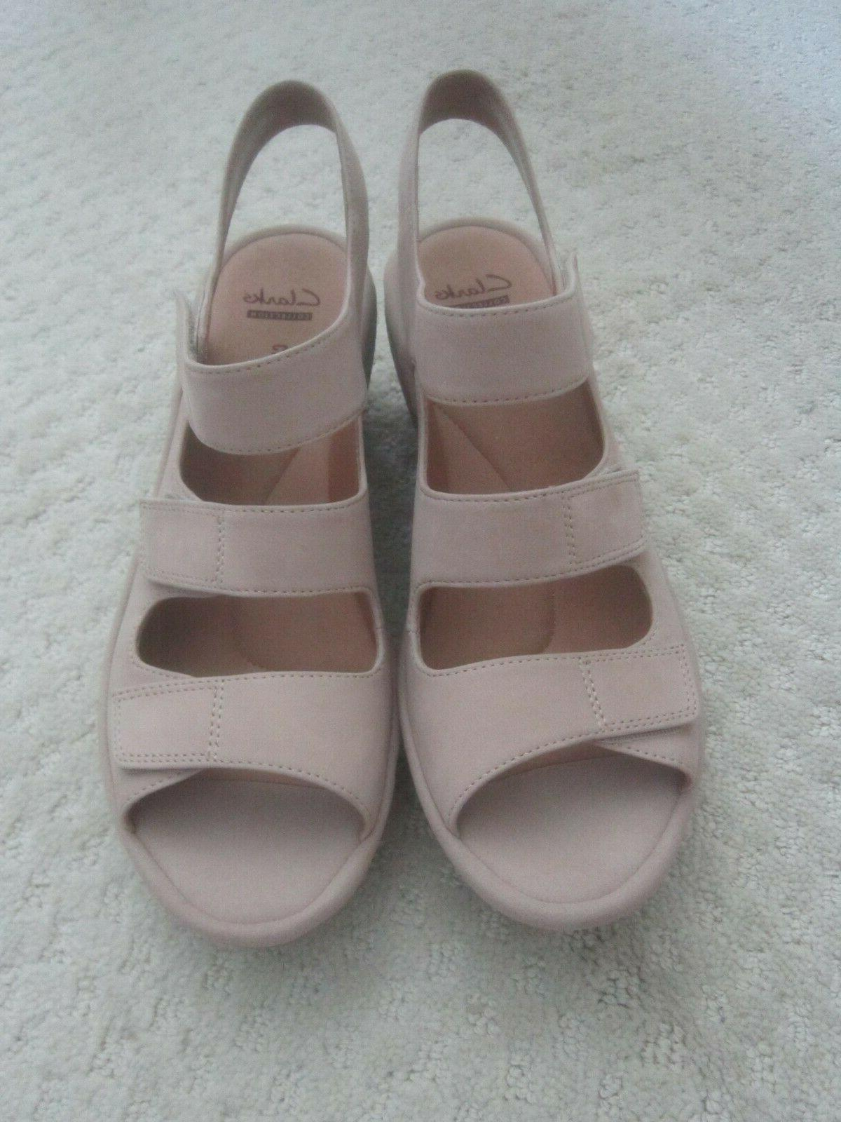 Clarks Reedly Leather Sandals Tan NWOB
