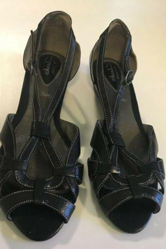 sandals black strappy low wedge 8 5m