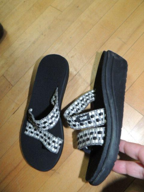 Teva Size 7 Loma Wedge Strappy Comfy Wedge