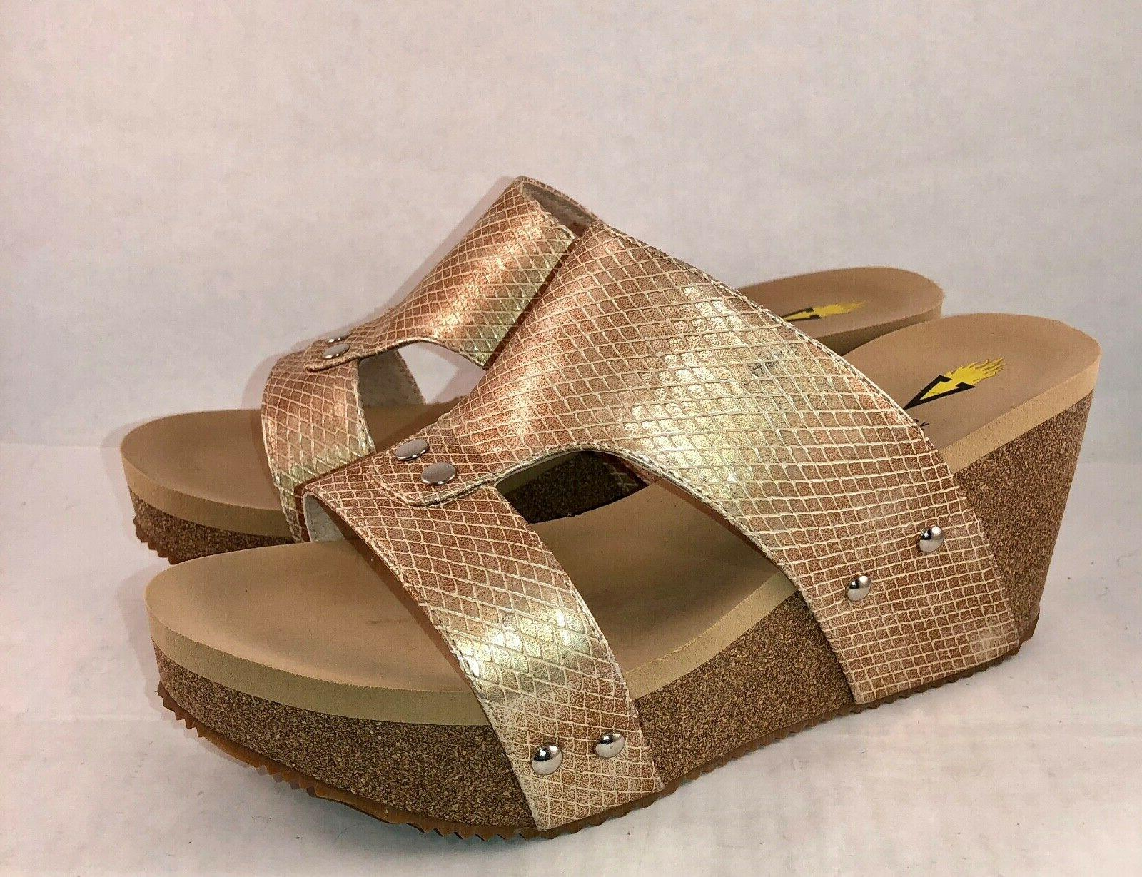 Volatile Wedge Sandals Sz 10M Metallic/Gold