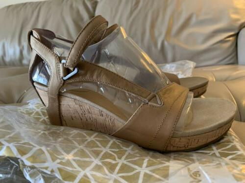 Teva Wedge size 7