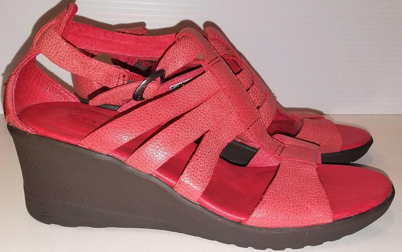 KEEN WOMEN'S VICTORIA WEDGE SANDAL RED Size 6.5