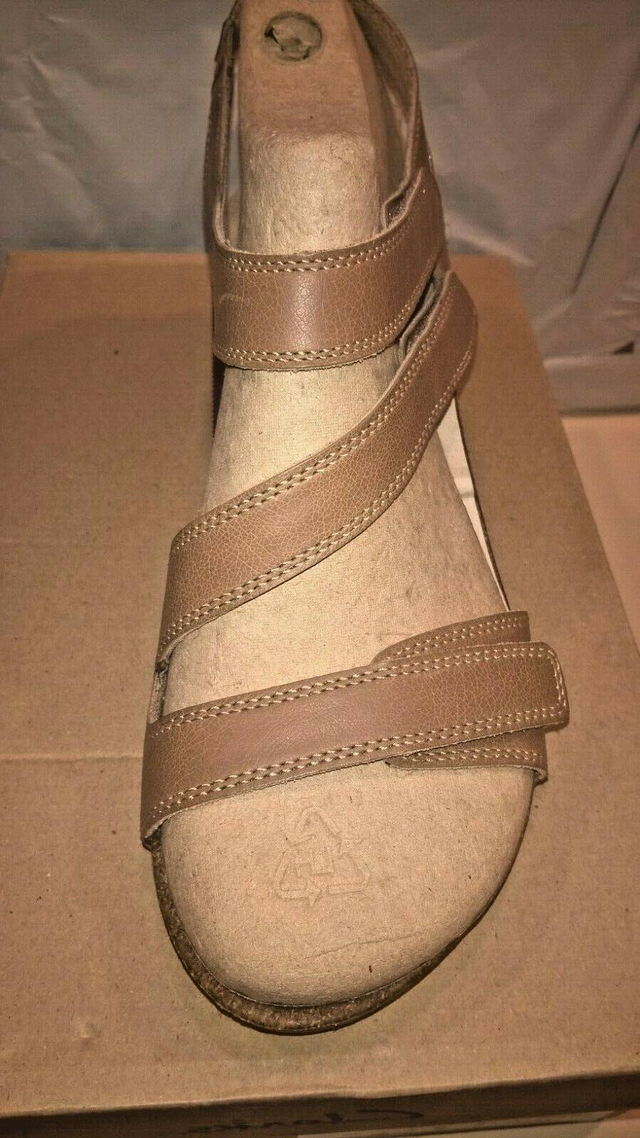 Womens Clarks Hevely Leather Wedge Size New