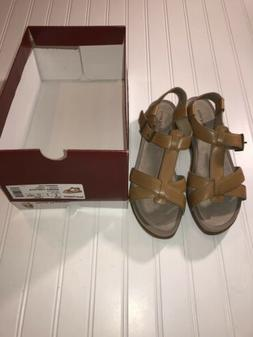 Hush Puppies ladies size 9 wide tan leather sandals 1.5 inch