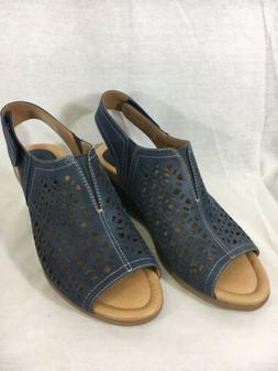 Earth Leather Wedge Sandals Cascade with Cut Out in Blue Wom