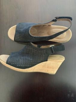 New Without Box Rockport Black Wedge Sandals Size 9 Wide