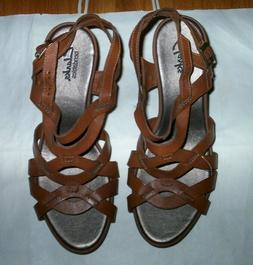 NWOB Clarks Women's Brown Leather Wedge Sandals, 8.5 M