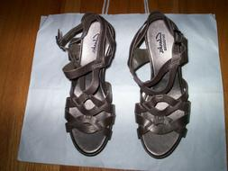 NWOB Clarks Women's Pewter Leather Wedge Sandals, 8.5 M