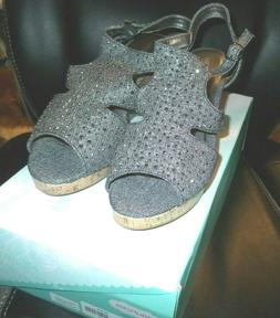 MAURICES REBEL SHIMMER WEDGE SANDAL SIZE 10 EMBELLISHED